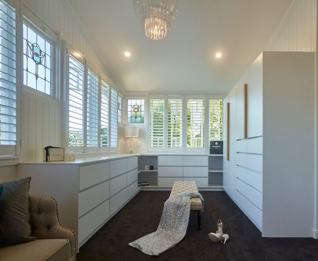 Perfect Curtains for Queenslander Homes - Featured Image